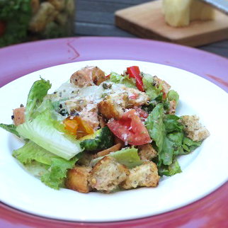 Close-up-of-Grilled-Panzanella-Salad-with-Chicken-Sausage